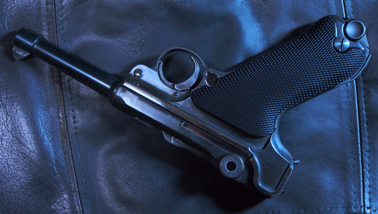 We Luger P 08 Custom Real Gun Blue Special Toy Hand Guns